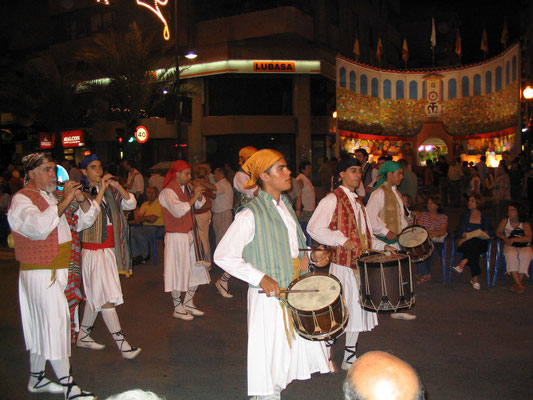 Entrada de Bandas de las Hogueras de Alicante 2006.