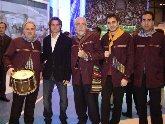 Junto a Davi Ferrer en Fitur 2009, campeones de la Copa Davids.