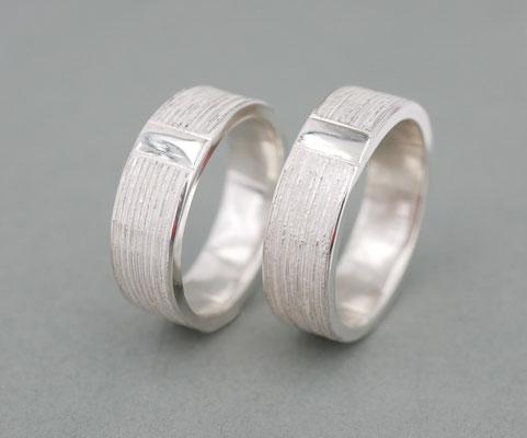 Ossa S.-Ringe: Eheringe aus Feinsilber