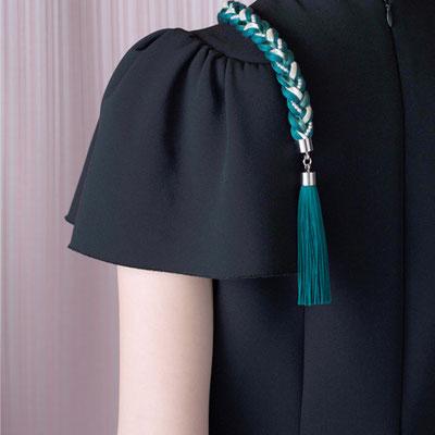 [O・SA・GE Brooch]房部分には京都西陣製の上質な絹糸を使用