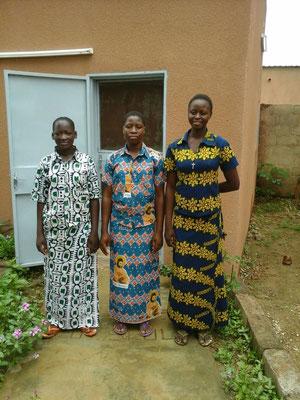 Trois aspirantes. Puissent-elles répondre OUI à l'appel de Dieu !