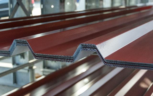 Trapezblech- Bedachungsysteme © Prell Eisenhandel GmbH & Co. KG, Schwabach