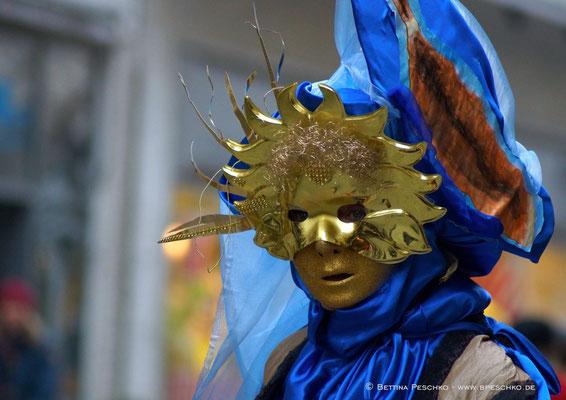 Maske-08