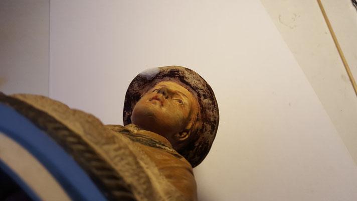 Tijdens restauratie - hoedrand verkenner onderkant. Foto: Sagrado Restauratie.