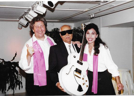 Bhau having a happy moment with Mischa & Gina Rutenberg in the USA