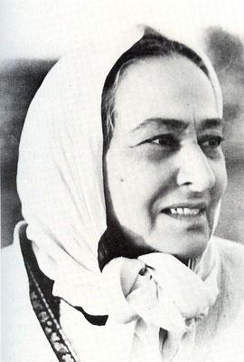 Shireen Irani ( Baba's mother )