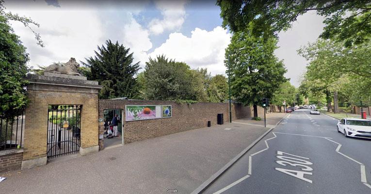3rd Gate at Kew Gardens on Kew Road