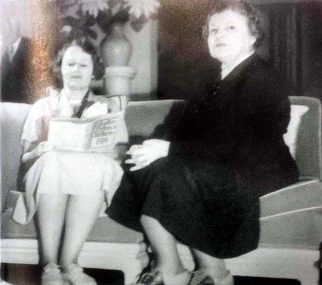 Elizabeth Paterson & her mother Elizabeth Chapin
