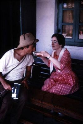 Mani feeding Irwin Luck. Photo courtesy of Glenn & Laurel Magrini.