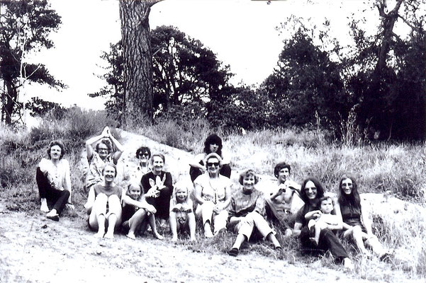 1960s Melbourne group in the country
