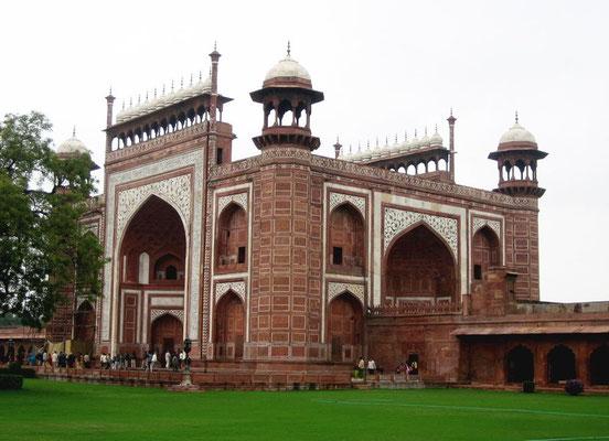 Gateway of the Taj Mahal