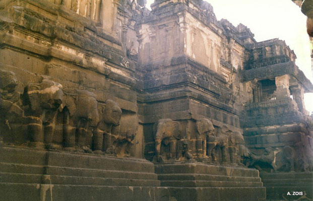 Kailasha Temple ; photo by Anthony Zois