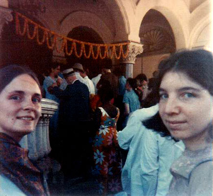 1969 : With Martha Aubin and Andrea Winzimer at Guruprasad, Poona.