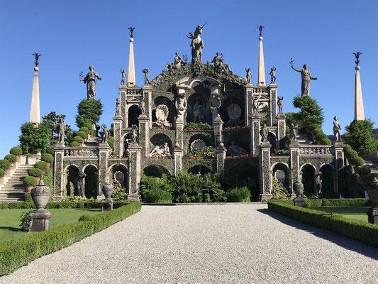 Gardens of Palace of Borromeo