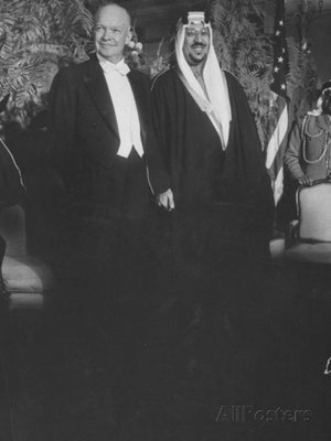 King Saud with President Eisenhower in Washington at a state dinner in his honour.