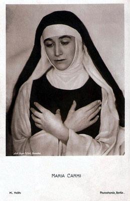 Maraia Carmi ( Norina Matchabelli ) in the role of the Nun