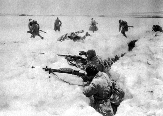 Soviet troops defending against the enemy