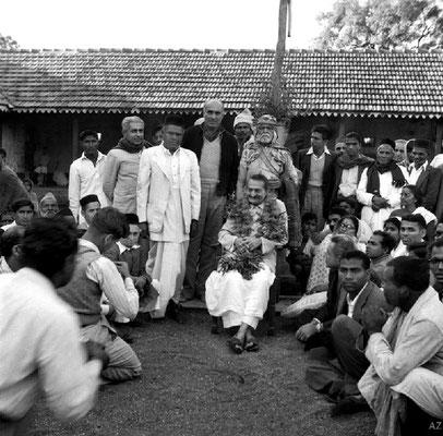 7th Nov.  Meher Baba at the Harijan dharamshala