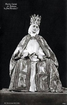 Maraia Carmi ( Norina Matchabelli ) in the role of the Madonna