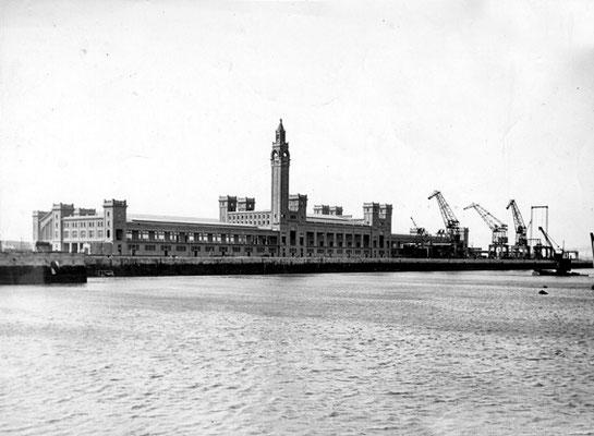 Gare Maritime Transatlantique -1933 ( Port terimal )
