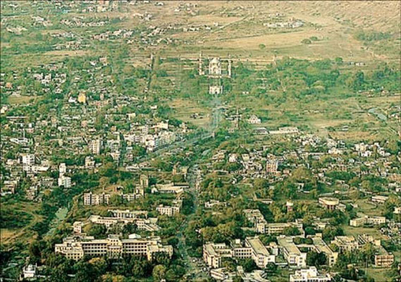 Aurangabad - Distant view of Bibi-Ka-Makbara