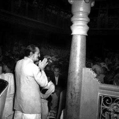 6th Nov. Meher Baba at Saint Gadge Maharaj's Dharamshala, Pandharpur