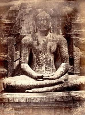 Gal Vihara-seated-Buddha