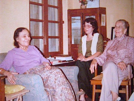Mehera with Kitty Davy and Laurel Magrini at Meherazad, India - Photo taken by Eric Teperman