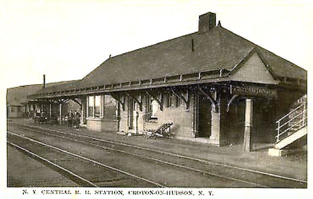 1920s - 30s ; Harmon-Croto Railwat Station