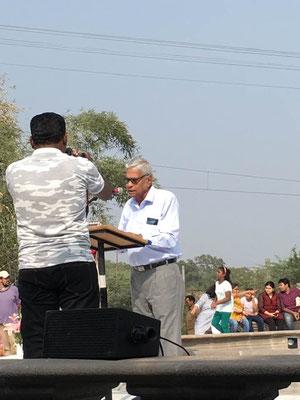 Shridhar Kelkar performing his opening address