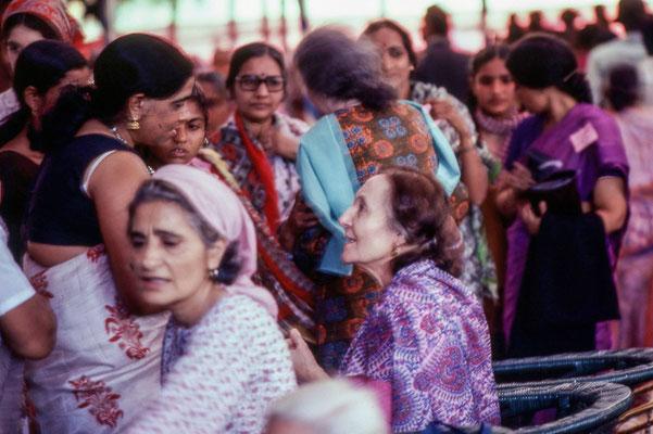 Amartithi 1982 : Mehera & Meheru Irani. Photo taken by Frank Bloise