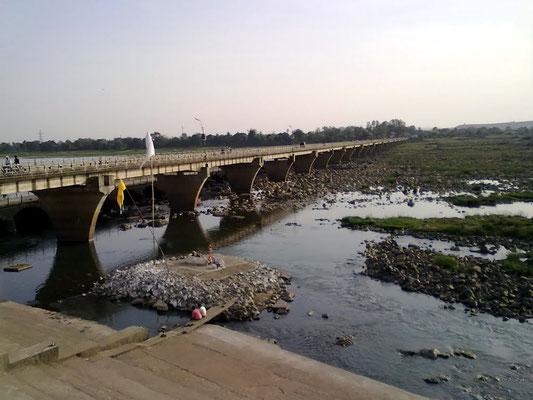 Narmada River bridge, Mandla, India