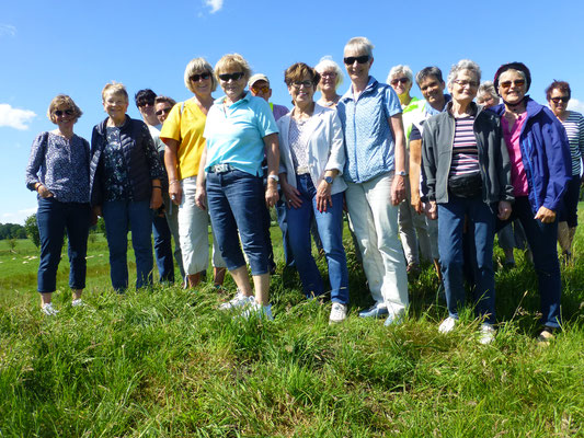 Reisegruppe 1 am Ostedeich