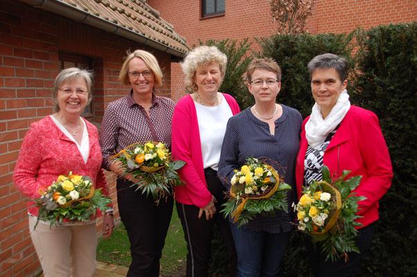 neu gewählt im Vorstand v.l.: Marlene Grafe-Schröder, Kirsten Schneermann, (Imke Wicke 1. Vorsitzende), Heide Ehlers, Ina Homfeld