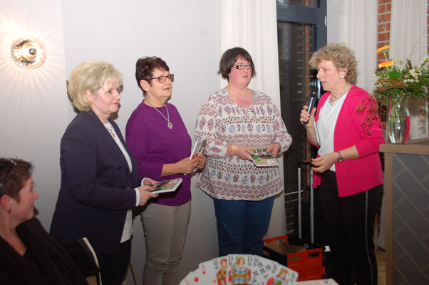 neue OVF: Petra Schierenbeck (Schwarme), Irmhild Jädtke (Hoyerhagen, Tanja Wohlers (Kuhlenkamp)