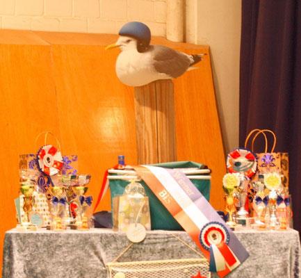 Der Ehrengaben-Tisch