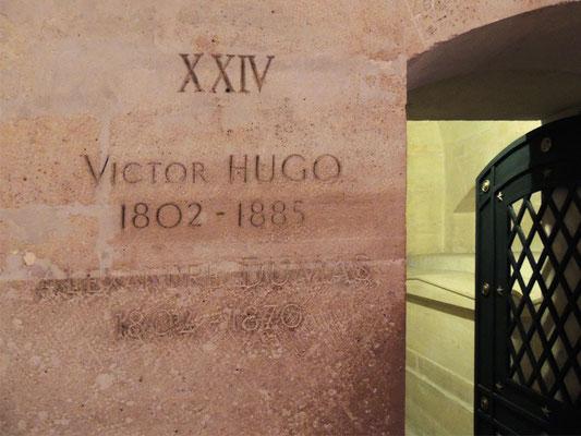 L'entrata alle tombe di Victor Hugo e d'Emile Zola