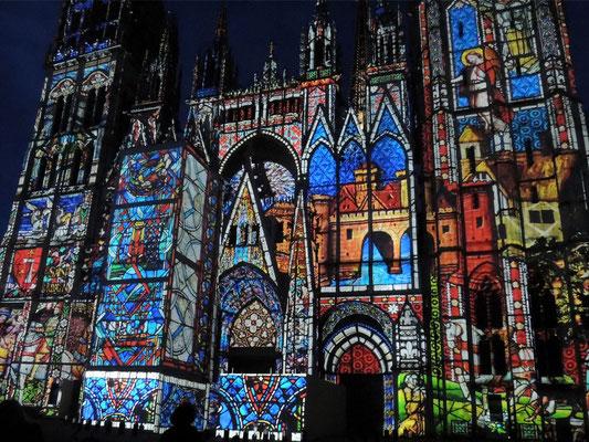 Spettacolo di luci e suoni sulla Cattedrale Notre-Dame di Rouen