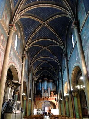 L'intérieur de l'église Saint Germain-des-Prés
