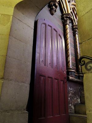 L'entrée à la chapelle haute