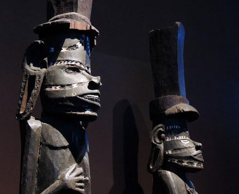 Poteaux sculptés, Îles Salomon