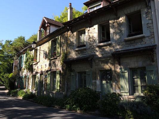 Una via ad Auvers-sur-Oise