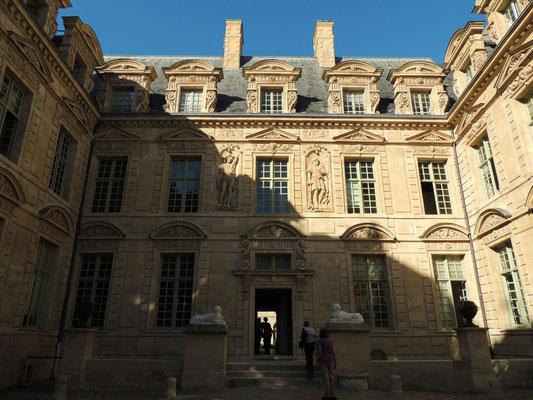 l'Hôtel de Sully