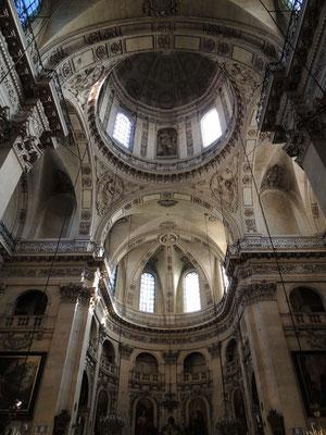 L'intérieur de l'église Saint Paul - Saint Louis