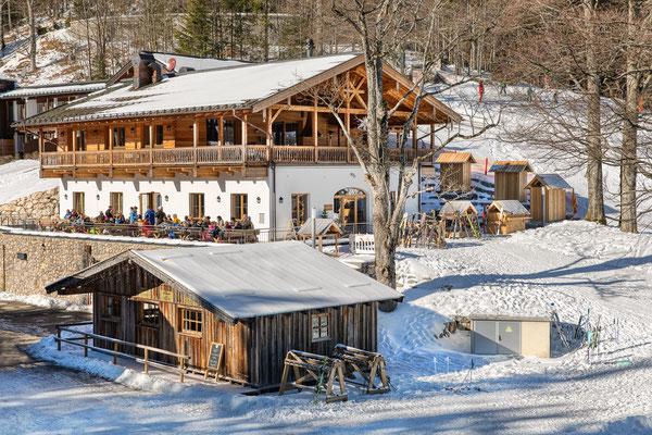 Bröselam am Skihang - Foto: Rita Boden (HDR-Bild aus 5er Belichtungsreihe)