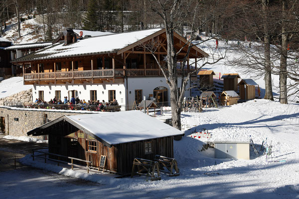 Bröselam am Skihang - Foto: Rita Boden (unbearbeitet, EV±0 aus 5er Belichtungsreihe)