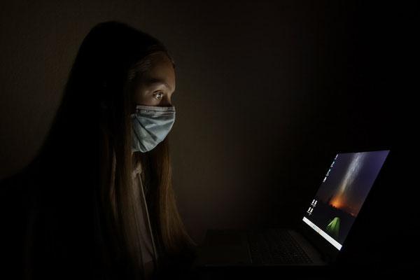 Rebecca Toews (17 Jahre) - Virenschutz (Goldmedaille)