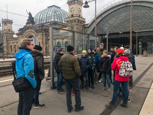 Exkursion Hauptbahnhof - Foto: Rita Boden