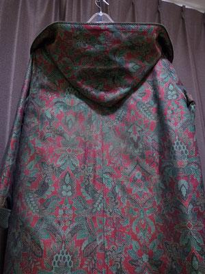 ジャガード織風フード付きコート