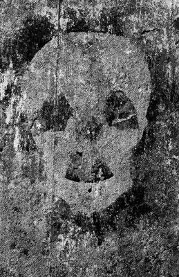 12 Dessin signalant la présence du Golem: latitude 49.6954 ; longitude -1.938